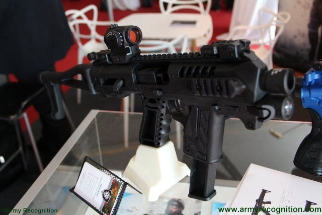 CAA  Micro Roni pistol carbine conversion kit makes first appearance in Africa 640 001