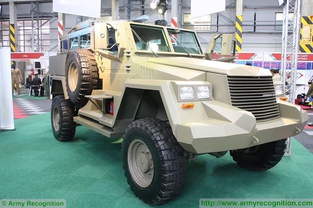 Springbuck 6 wheeled armoured vehicle personnel carrier South Africa African Defence Industry Military Technology 640 002