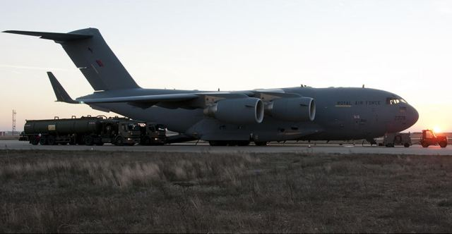 Some armoured vehicles will arrive in Bangui carried by military transport aircraft C-17.