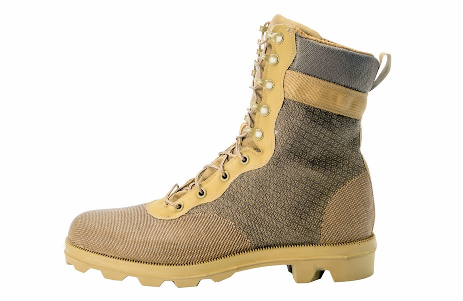 U.S. Soldier Center tests new Army combat boot prototypes