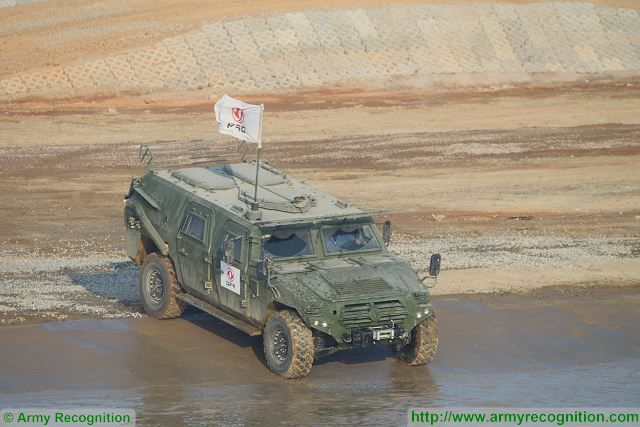 Dong Feng 4x4 light tactical armoured vehicle at Zhuhai AirShow China 2016 ground mobility demonstration