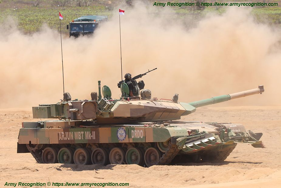 Arjun Mark 2 latest generation of Indian tank in live demonstration at DefExpo 2018 925 001