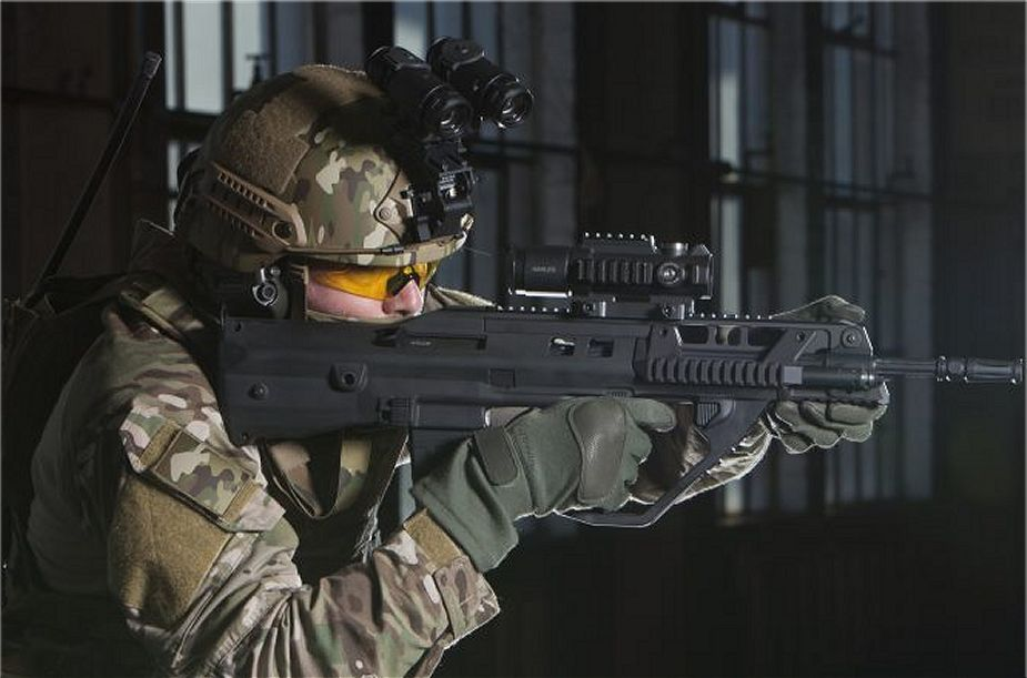 Thales and MKU have signed MoU to produce F90 assault rifle in India 925 001