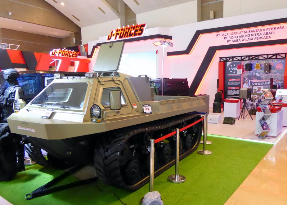 ndoDefence 2018 J Forces displays armored and amphibious vehicle prototypes