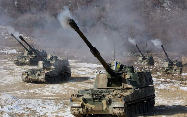 South Korea and the United States on Thursday staged a joint live-fire drill in Pocheon, northeast of Seoul, as part of the annual Foal Eagle military exercise. Some 100 South Korean and 200 U.S. soldiers took part in the two-hour drill that involved K-55 self-propelled howitzers and M- 109A6 Paladin self-propelled howitzers.