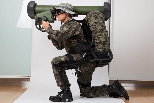 DX Korea 2018 LIG Nex1 LEXO Lower Extremity Exoskeleton for Soldiers 1