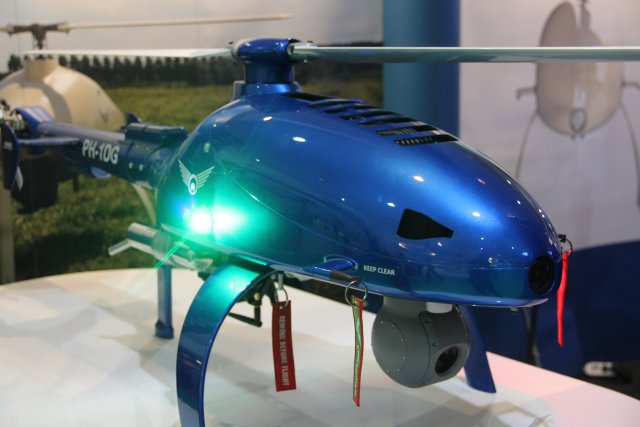 Dutch company High Eye presents its new HEF 30 unmanned helicopter during DSA 640 001
