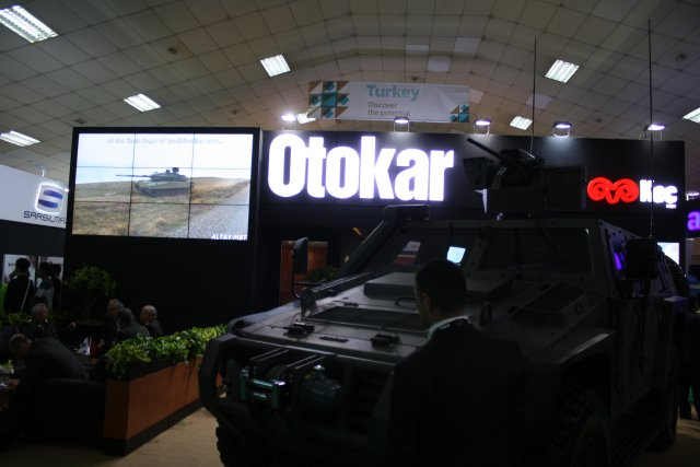 Otokar exhibits its Cobra II at DSA 2016 640 001