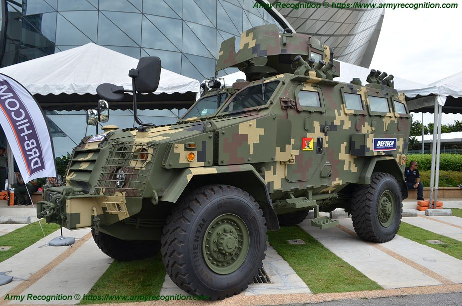 Malaysian Armed Forces (MAF) - Page 16 Deftech_AV4_Lipan_Bara_4x4_armored_ready_to_be_used_by_Malaysian_army_925_001