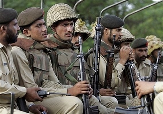 Pakistani soldiers army news 06072007 002 - ~* Pic Of The Day 22th Dec 09 *~