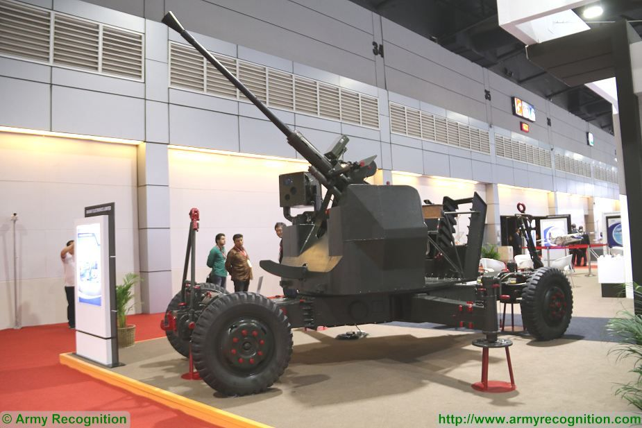 L70 modernized version 40mm anti aicraft gun India Defense and Security Thailand 2017 in Bangkok 925 001