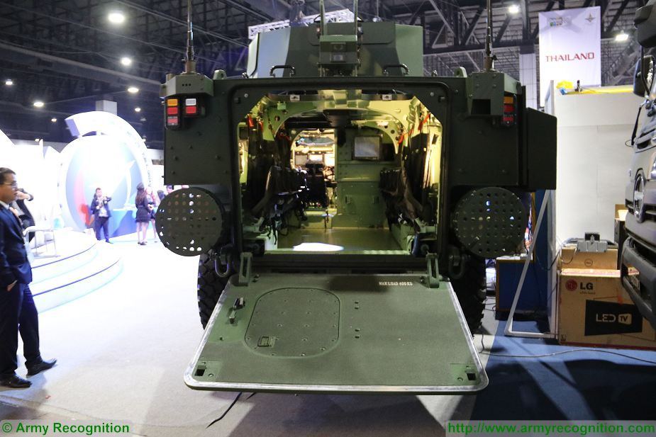 New AAPC 8x8 Amphibious Armoured Personnel Carrier for Thai Marine Corps at Defense and Security 2017 Thailand exhibition Bangkok 925 003