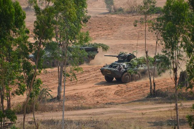 EJERCITO DE TAILANDIA BTR-3E1_8x8_wheeled_armoured_vehicle_personnel_carrier_Thailand_Thai_army_640_001