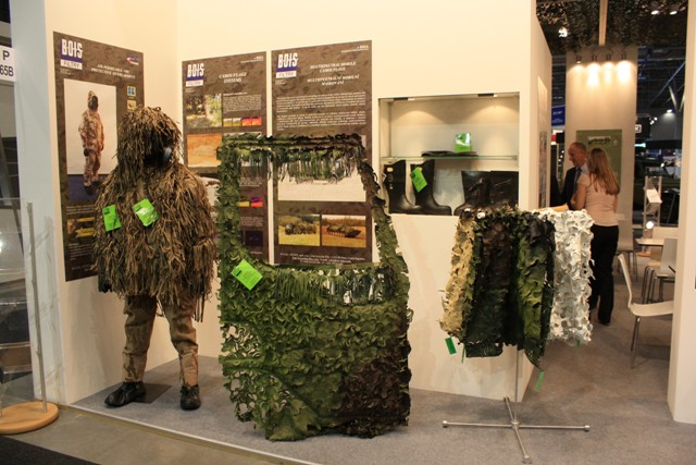 Multispectral modile camouflage products are intended for camouflage of vehicles in the visible, infrared (near, medium, far) and microwave regions. The mobile camouflage is always designed for a given type of vehicle and consists of elements tailored to its specific part.