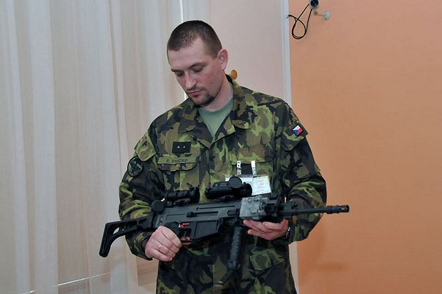 The Czech military will be equipped with a new type of assault rifle CZ 805 BREN A1/A2 made by the Ceska zbrojovka, a Czech joint stock company based at Uhersky Brod, which has won an open tender for delivery. The delivery of new small weapons designed as personal weapons for individuals at all branches of the Czech military will start this July while their first operational use is planned for this autumn.