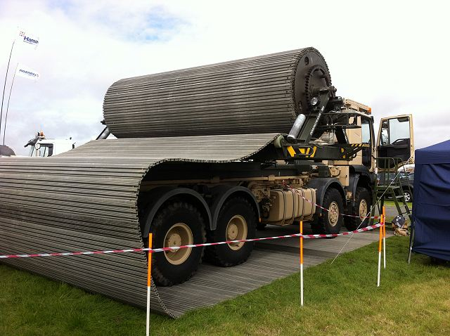 HGMS Heavy Ground Mobility System FAUN Trackway MSPO 2015 defense exhibition Kielce Poland 640 001