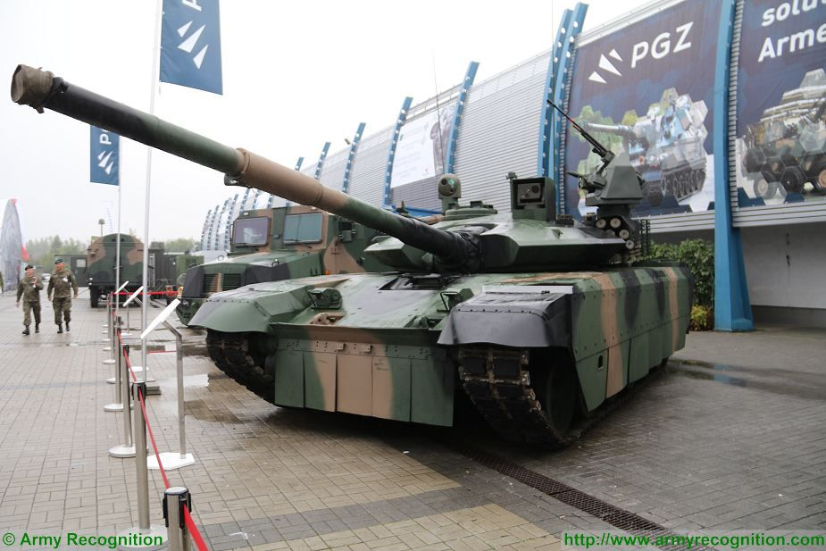 PT 17 main battle tank MSPO 2017 defense exhibition Kielce Poland 925 001