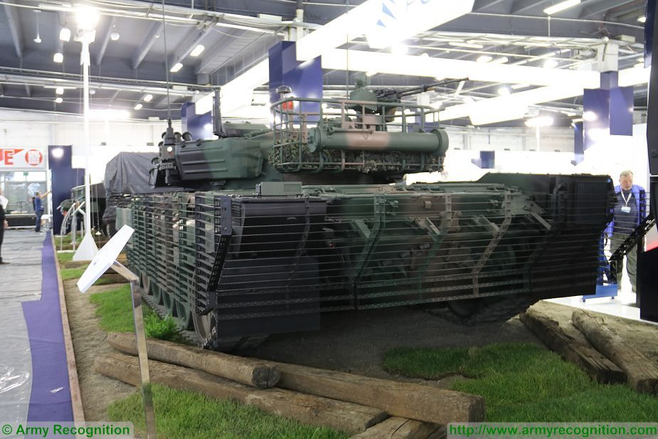 PT 91M2 main battle tank at MSPO 2017 defense exhibition in Poland 925 002