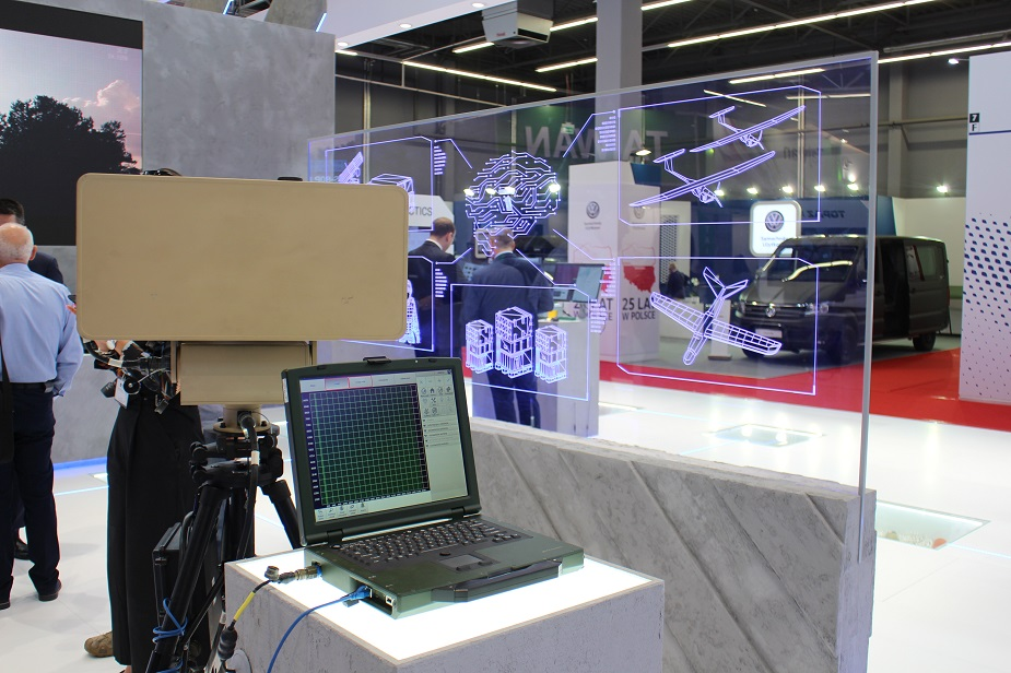 MSPO 2018 WB GROUP Introduces TOPAZ Integrated Combat Management System