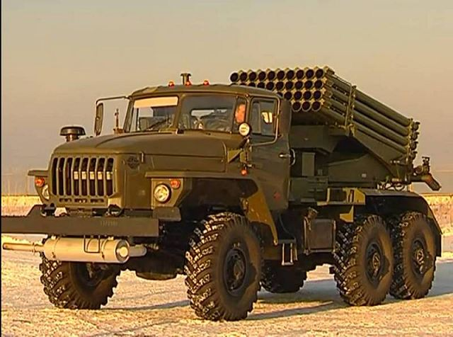"Russia is developing new long-range multiple-launch rocket systems (MLRS) with improved guidance that could allow them to strike targets up to 120 miles (200 km) away, the Defense Ministry's artillery spokesman said on Monday, November 19, 2012. ""We have the military-technical potential to create a new generation of MLRS with a range of 200 km,"" Lt. Col. Nikolai Donyushkin said."