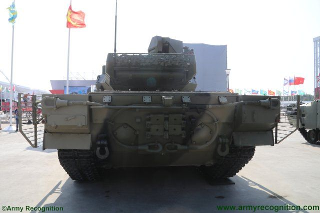 [Official] Armata Discussion thread #4 - Page 19 Army_2017_Armata_family__f_vehicles_to_be_fitted_with_new_mobile_power_station_640_001
