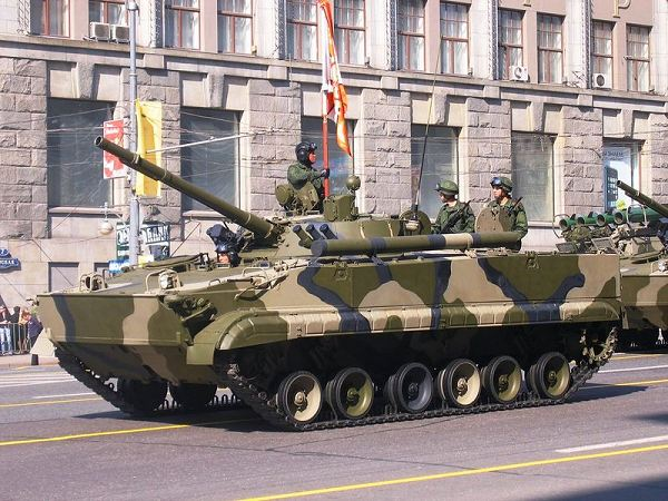 Russia delivered 17 naval infantry amphibious armored vehicles BMP-3F to the Indonesian port of Surabaya, announced Saturday November 27, 2010, by telephone a person in charge for Indonesia about the military cooperation and technique between the two countries.