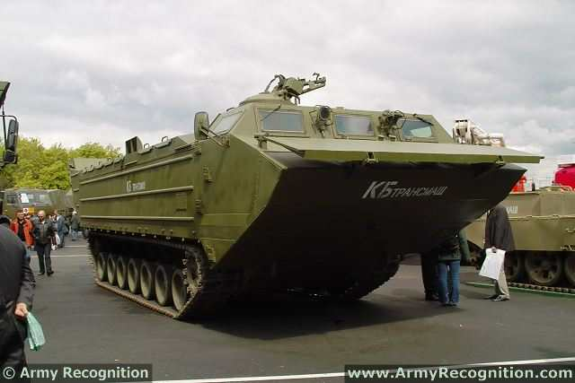 The Russian Defense Ministry is planning to include a new amphibious tracked transporter PTS-4 in defense procurement for 2014, RIA Novosti reported. How many vehicles can be purchased in the coming year and the budget which will be used for this project, is not specified.