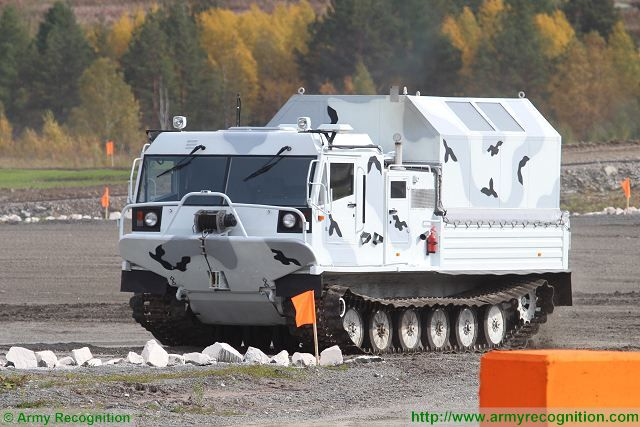 TM-140A tracked all-terrain cargo personnel carrier arctic vehicle Russia Russian army defense industry 640 001