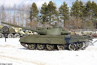 T 62 main battle tank Russia Russian army defense industry military technology 640 left side view 002