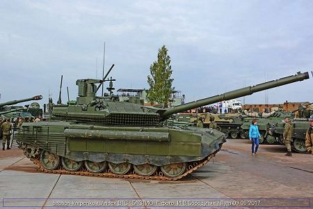 T 90M Model 2017 main battle tank Russia Russian army defense industry right side view 001