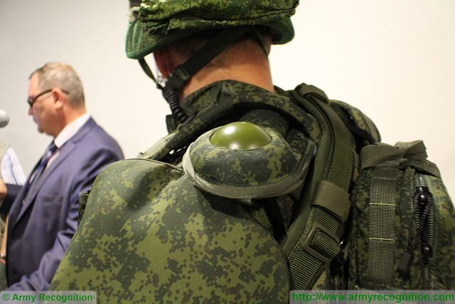 A GLONASS GPS antenna is fitted on the Ratnik combat gear.