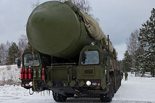 RS-24 Yars nuclear intercontinental ballistic missile MZKT-79221 truck technical data sheet specifications information description pictures photos images video intelligence identification intelligence Russia Russian army defence industry military technology