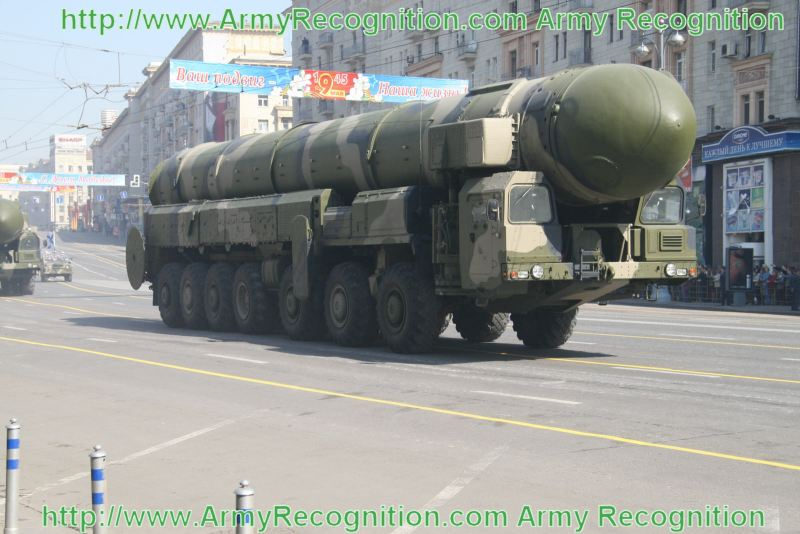 SS-25_Topol_ballistic_missile_system_Russian_Army_Russia_003.jpg