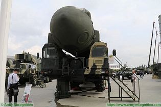 Topol SS 25 Sickle RS 12M RT 2PM ICBM InterContinental Ballistic Missile Russia Russian army front view 001
