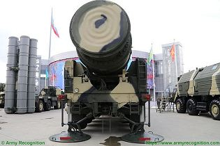 Topol SS 25 Sickle RS 12M RT 2PM ICBM InterContinental Ballistic Missile Russia Russian army rear back view 001
