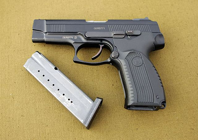 "Russian officers of the Western Military District have fired for the first time with the new 9mm pistol Yarygin MP-443 ""GRACH"" during training session."