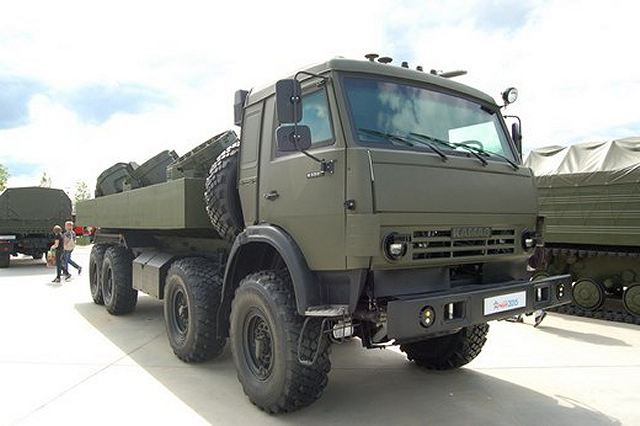 During the International Military-Technical Forum ARMY-2015, which took place near Moscow from 16 to 19 June 2015, Russian defense industry has unveiled new multipurpose mine-laying vehicle, the UMZ-K. The vehicle is designed to remotely scatter anti-personnel, anti-paratrooper and anti-tank clustered mines over terrain