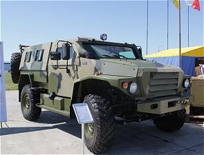 Wolf Volk VPK-3927 wheeled armoured vehicle data sheet specifications information intelligence pictures photos images description identification Russian army Russia tracked military armoured vehicle