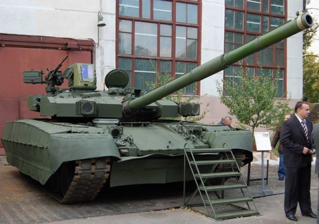 Ukrainian T-84 Oplot main battle tank