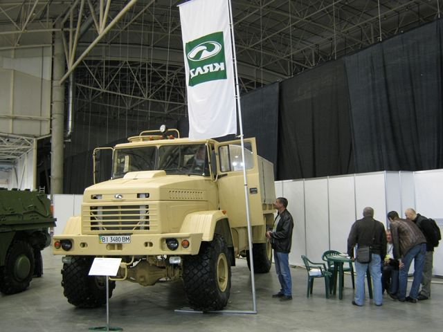 The Ukrainian Defense Company AutoKrAZ has unveiled its new KrAZ-5233BE Spetsnaz 4WD all-terrain vehicle at the 10th edition of the International Specialized Exhibition Weapons and Security in the capital of Ukraine. The product on display is a new variant of the KrAZ-5233BE Spetsnaz 4WD multirole vehicle with cab roof hatch for fitting small arms. Fenders and hood have antislip coating.