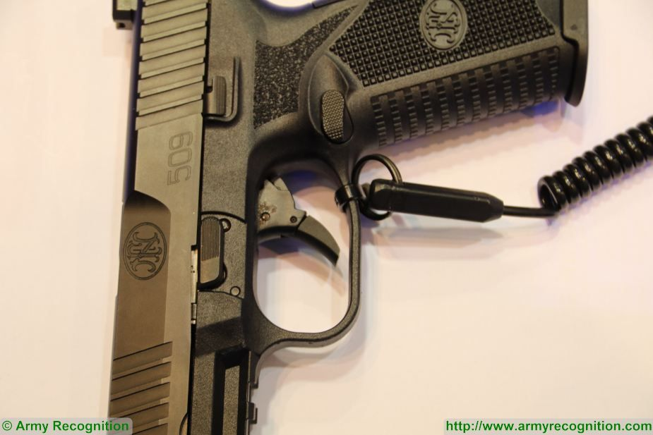 FN 509 9x19mm caliber NATO Semi automatic double action pistol FN Herstal Belgium details 002