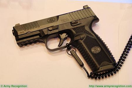 FN 509 9x19mm caliber NATO Semi automatic double action pistol FN Herstal Belgium left side view 002