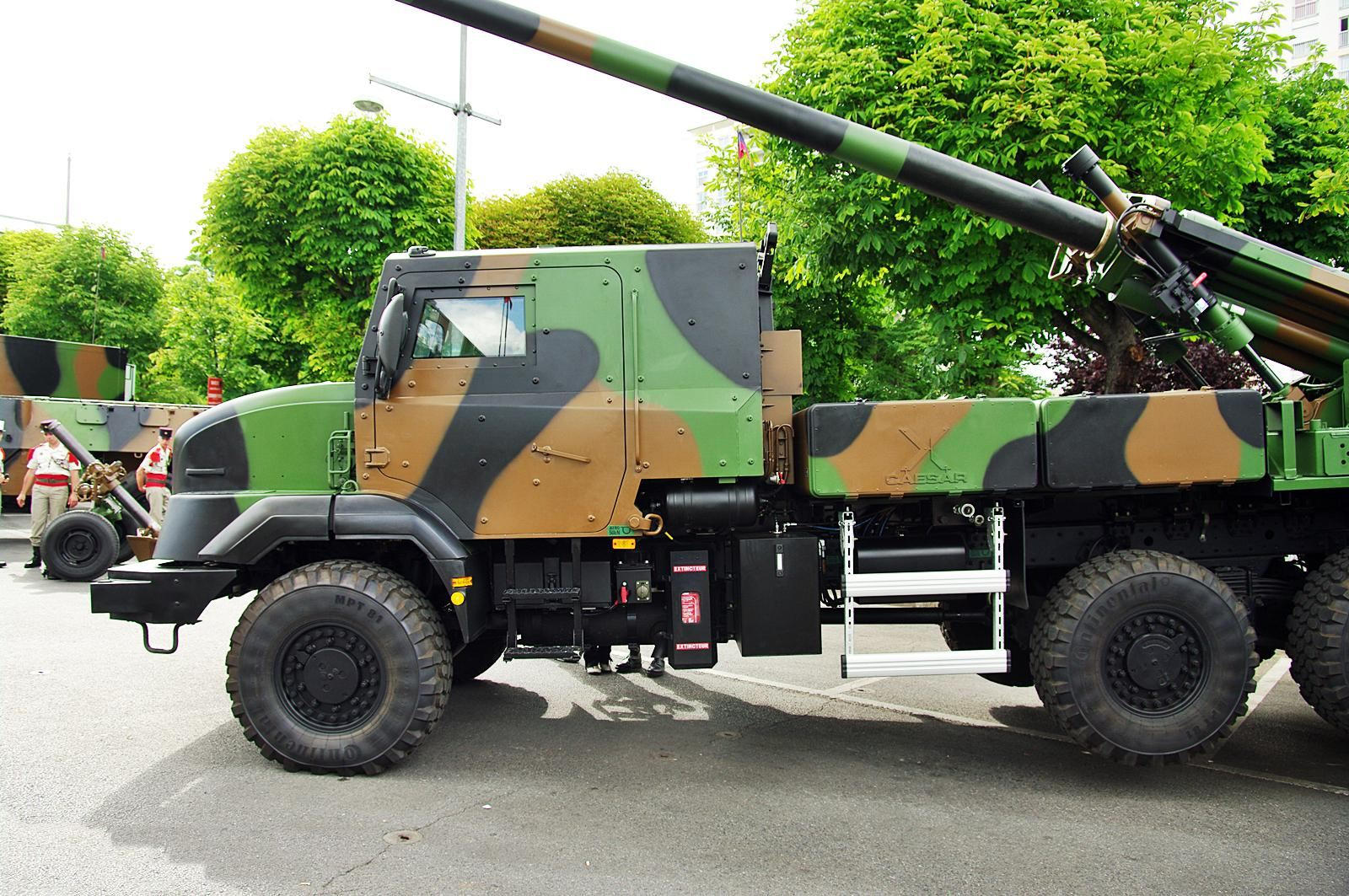 Caesar Sherpa 5 Nexter Systems Obusier Automoteur Roues