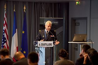Eurosatory 2014 news coverage report show daily pictures video International Exhibition of Land Defence & Security army military equipment Paris France industry technology