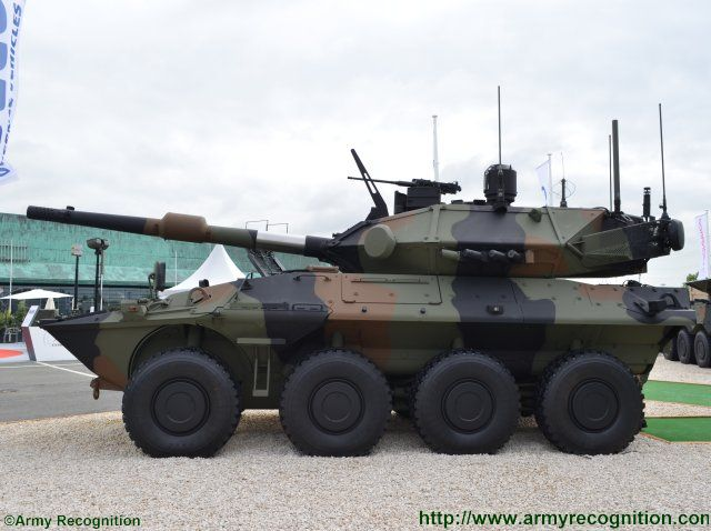 Newly developed Centauro II antitank vehicle rises at Eurosatory 2016 640 002