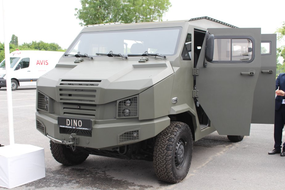 Erosatory 2018 The LTMPAV DINO 319 4x4 armored vehicle is presented in Paris for the first time