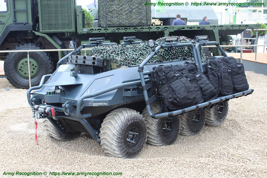 https://www.armyrecognition.com/images/stories/europe/france/exhibition/eurosatory_2018/pictures/Eurosatory_2018_Rheinmetall_launches_its_Mission_Master_Cargo_Unmanned_Ground_Vehicle_925_001.jpg