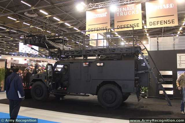 The Sherpa APC with assault ramps can be used by police forces for hostage rescue operation in aircraft of buildings.