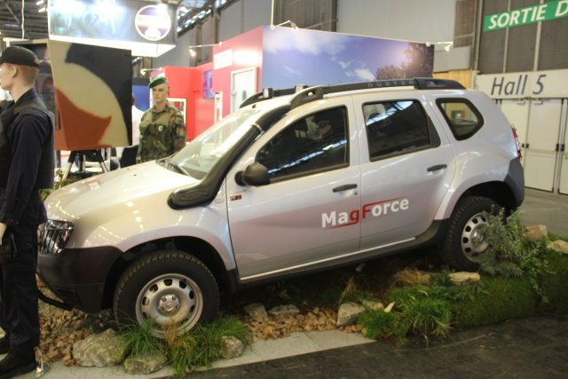 At Milipol 2015 MagForce is showcasing its new Renault Duster 4x4 reconnaissance vehicle 640002