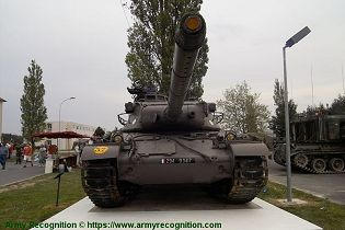 AMX 30 MBT main battle tank France French army defense industry front view 002